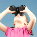 Girl with binoculars — Stock Photo #9130993