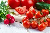 Closeup ingredients for a fresh garden salad — Stock Photo