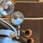 Golden oldtimer grill — Stock Photo #10585850