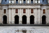 Inner courtyard of El Escorial — Stock Photo