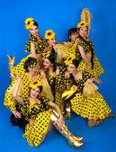 Tanzgruppe der russischen Volkskunst — Stockfoto