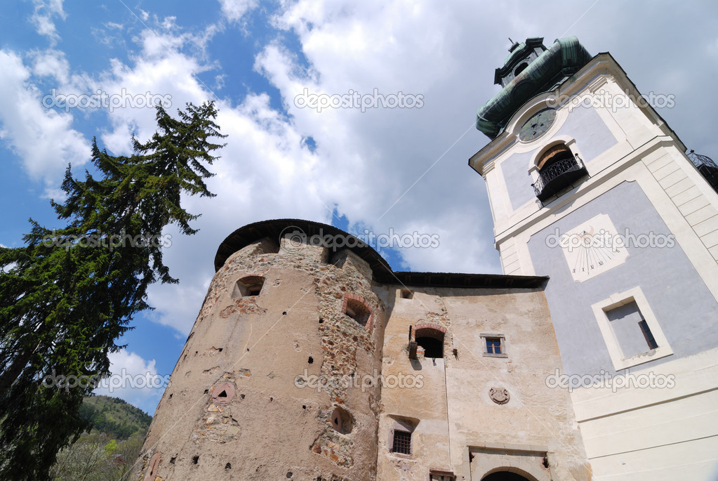 Old castle in Banska Stiavnica, Slovakia UNESCO — Stock Photo #9227455