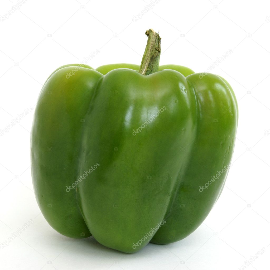 A fresh green pepper on white background. — Stock Photo #8713870