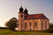 Kyrkan efter solnedgången — Stockfoto