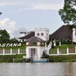 The Astana palace in Kuching, Sarawak, Borneo. — Stock Photo #8592696