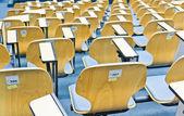 Sillas en salas de reuniones — Foto de Stock