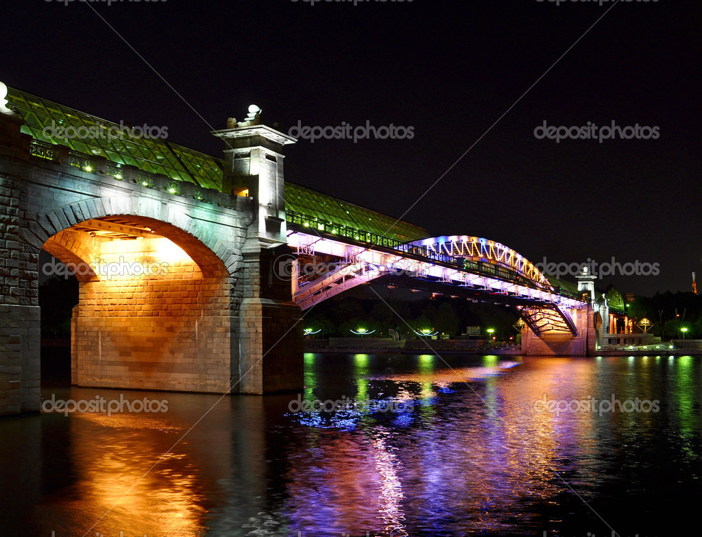 Night Bridge on the River — Stock Photo #9552461