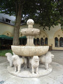 Lions fountain — Stock Photo