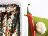 Sardine,peperoncino e aglio — Stock Photo