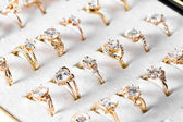Golden ring and diamond — Foto Stock