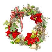 Noel çelenk ile üzerine beyaz izole poinsettias — Stok fotoğraf