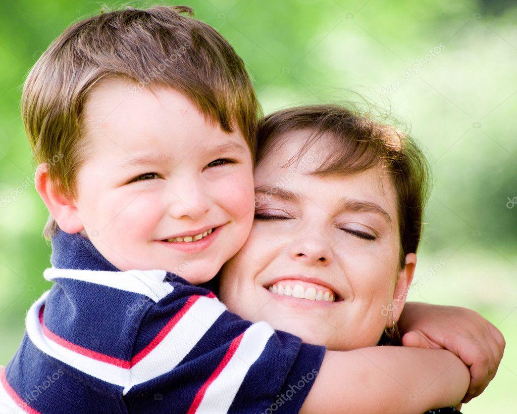 С мама сыну 5 фотография