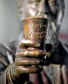 Statua al mondo di coca cola — Foto Stock