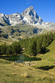 Blue lake Cervinia Italy — Foto Stock