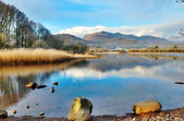 Wetherlam Mountain And Elter Water Lake — Stock Photo