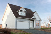 New Home with 2 Car Garage — Stock Photo