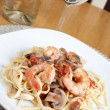 Shrimp Scampi with Linguine — Stock Photo #8945826