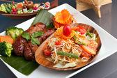 Thai Sausage and Som Tum Salad — Stock Photo