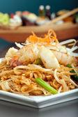 Piatto tailandese di pesce pad — Foto Stock
