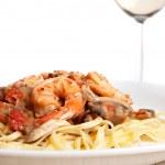 Shrimp Scampi with Linguine — Stock Photo #9240450