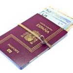 Spanish passport and money — Stock Photo #8411941