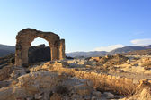 The ruins of a church, Entrance arch — Stock Photo