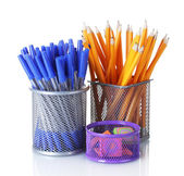 Titulares del color para suministros de oficina con los aislados en blanco — Foto de Stock