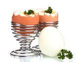 Ovos cozidos em carrinhos do metal e salsa isolado no branco — Fotografia Stock