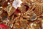 各种黄金首饰特写 — 图库照片