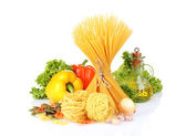 Tasty vermicelli, spaghetti and vegetables isolated on white — Stock Photo