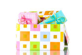 Vackra ljusa gåvor i rutan isolerad på vit — Stockfoto