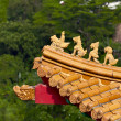 Roof decoration of chinese temple — Stock Photo