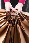 Sfondo di sacchetti regalo marrone dello shopping — Foto Stock