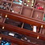 Box dark wooden jewellery — Stock Photo