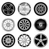 Sporty aluminum wheel — Stock Vector