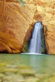 Kleine waterval — Stockfoto