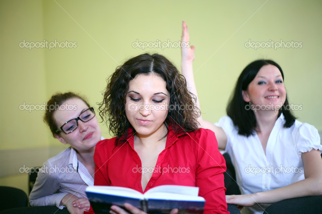 The smartest student raises his hand — Stock Photo #10608117
