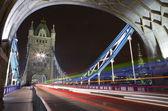 Toren brug bij nacht — Stockfoto