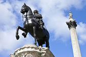 Charles I Statue and Nelson's Column in Trafalgar Square — Stock Photo
