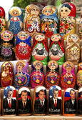 Russian matrioshka dolls in baku azerbaijan market — Stock Photo