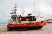 砂岸釣りボート. — ストック写真