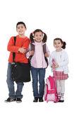 孩子们回到学校. — 图库照片
