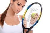 Vrouw met tennisracket — Stockfoto