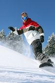 Snowboardzista w akcji — Zdjęcie stockowe
