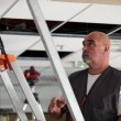 Stockfoto: Worker putting up false ceiling