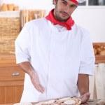 chef-kok pizza maken — Stockfoto