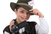 Mały chłopiec ubrany jako reporter — Zdjęcie stockowe