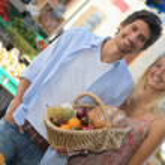 Couple at market — Stock Photo #10402287