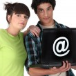 Teenagers surfing the internet — Stock Photo