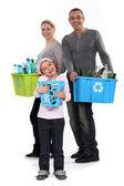 Família reciclagem — Foto Stock